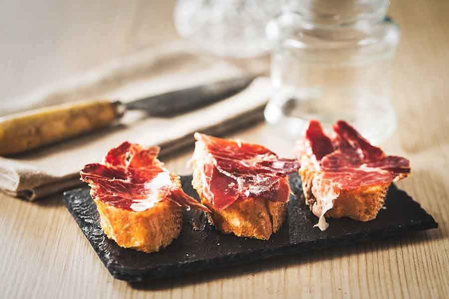 iberian-ham-and-bread